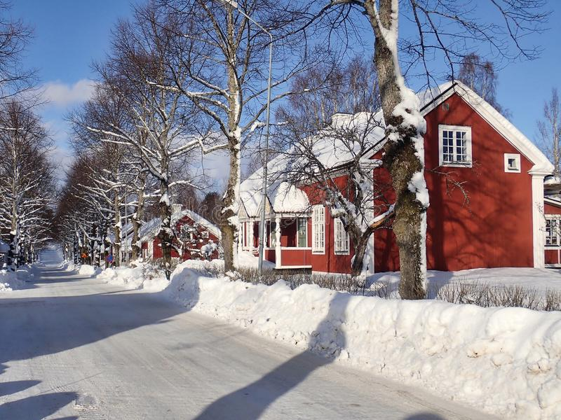 Typische ältere Gebäude in Sörforsa - Hudiksvall lizenzfreies stockbild