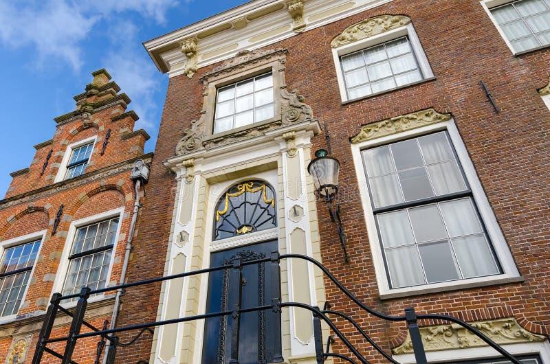 Typische alte niederländische Häuser stockbild