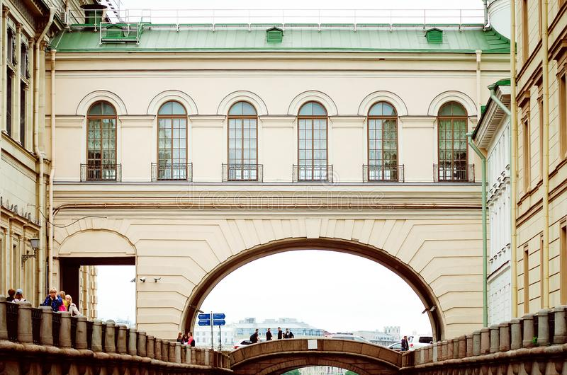 Typische architectuur van de stad van St. Petersburg royalty-vrije stock foto's