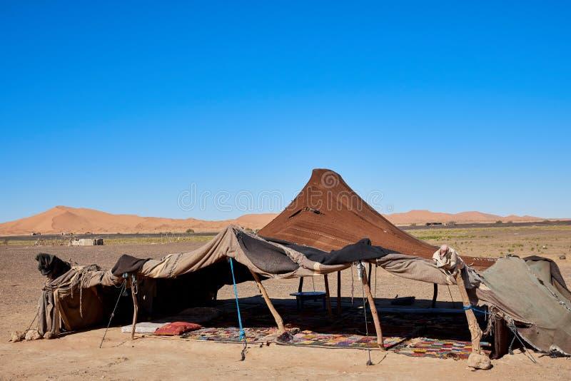 Typische Berber-tent in de woestijn stock foto