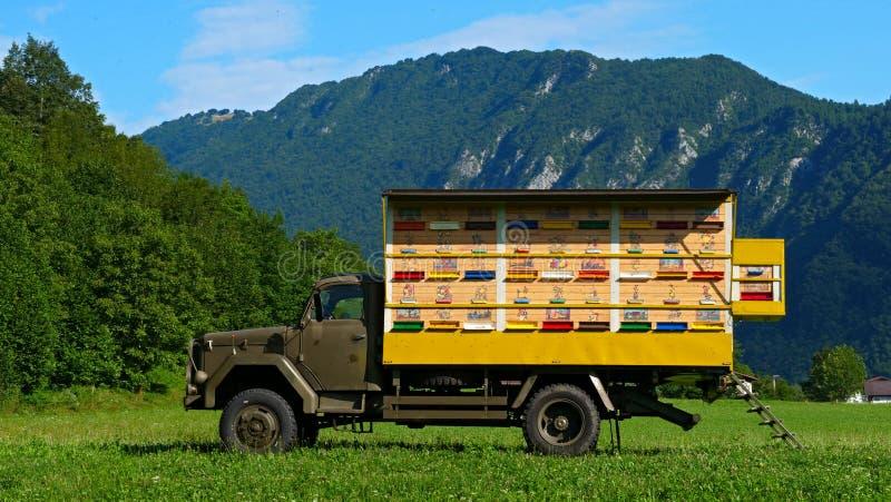 Typische bijenkorf in Slovenië royalty-vrije stock fotografie