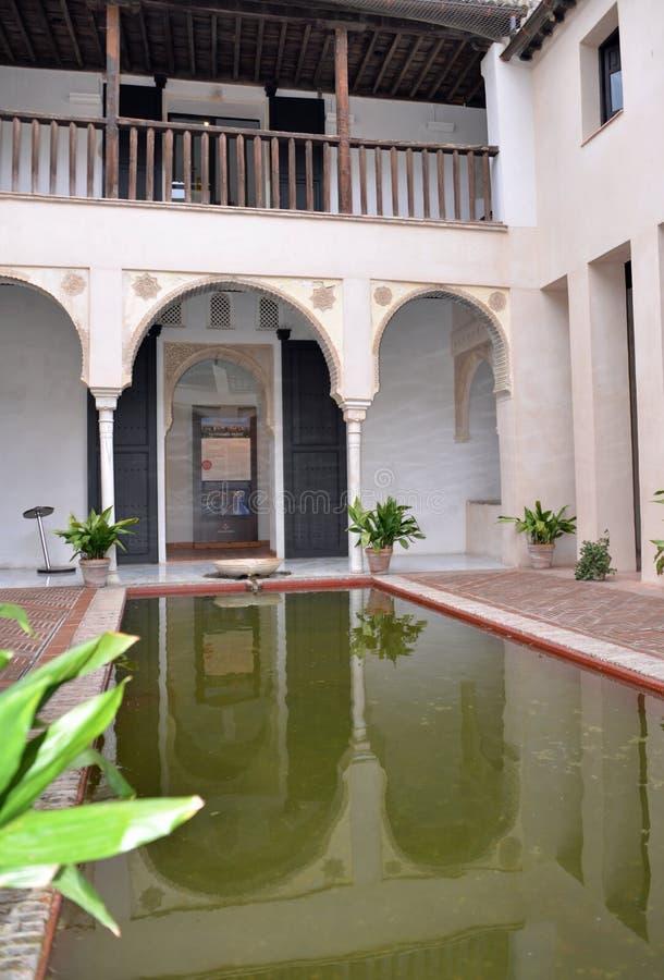 Typische binnenplaats grenada royalty-vrije stock afbeelding