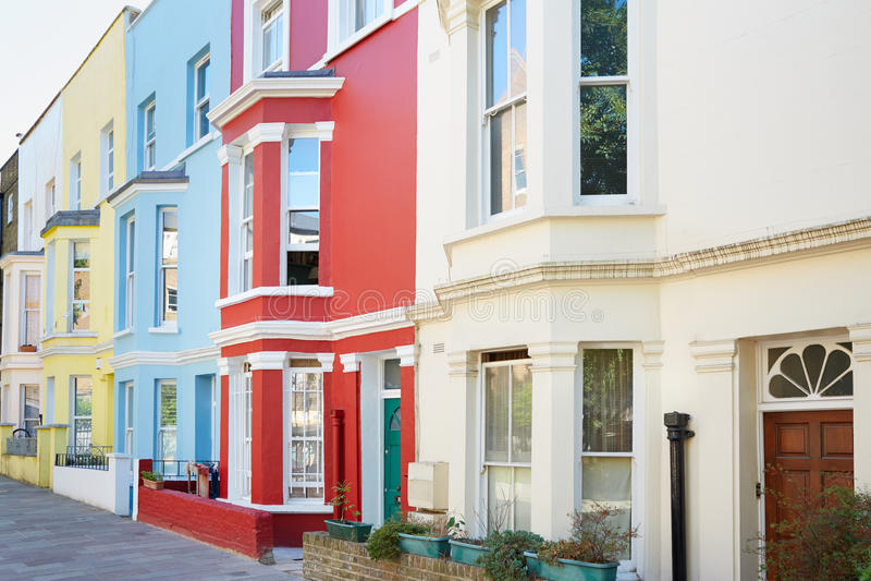 Typische Bunte Hausfassaden In London Stockfoto - Bild von wohn ...