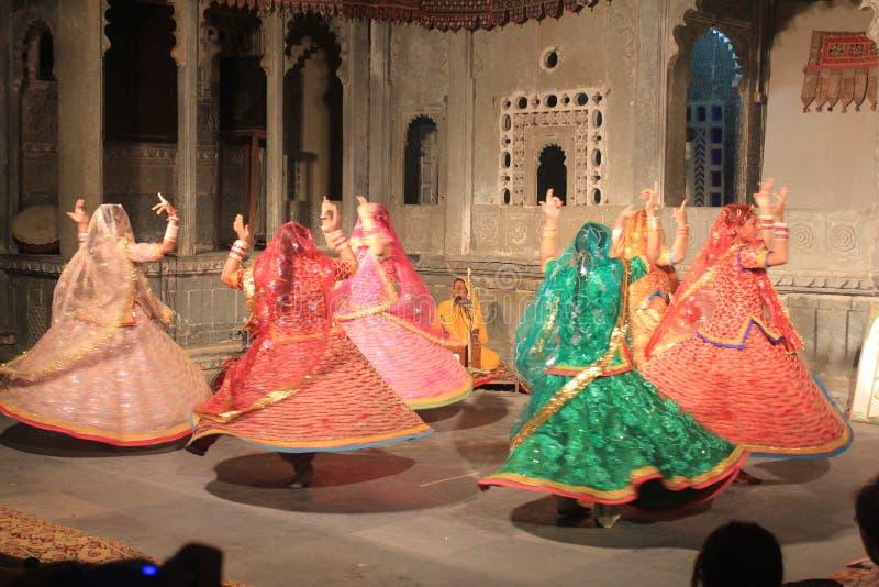 Typische dans in India stock afbeelding