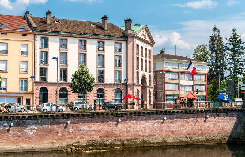 Typische Franse gebouwen in Epinal, Frankrijk royalty-vrije stock foto