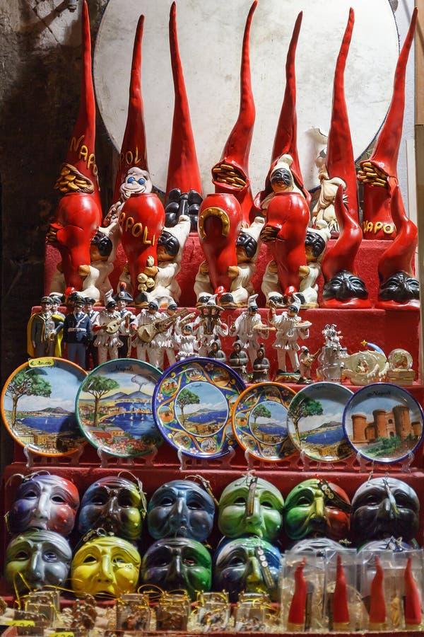 Typische Gegenstände der Stadt von Neapel lizenzfreies stockbild
