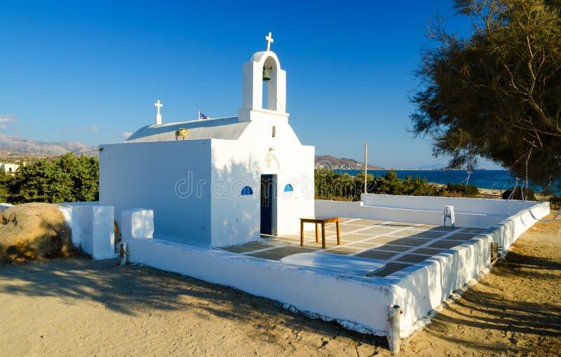 Typische Griekse orthodoxe kapel op Naxos-eiland, Cycladen, Griekenland royalty-vrije stock foto