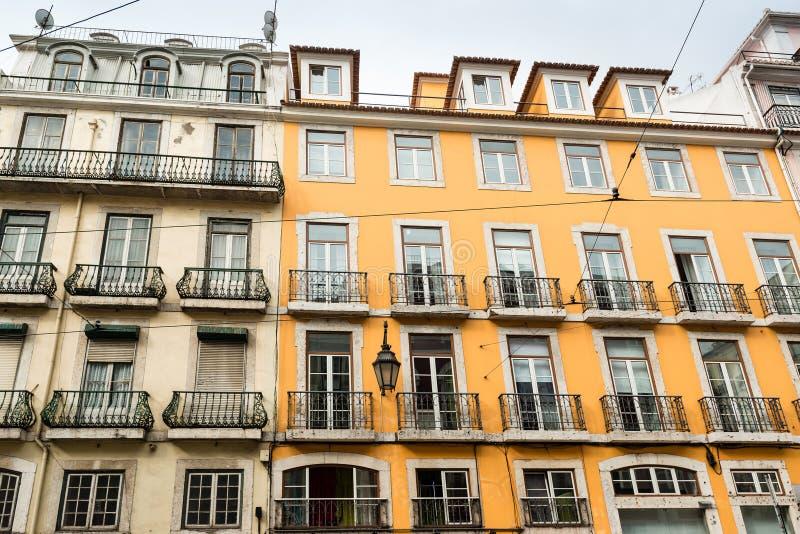 Typische het huisvoorgevels van Lissabon stock foto