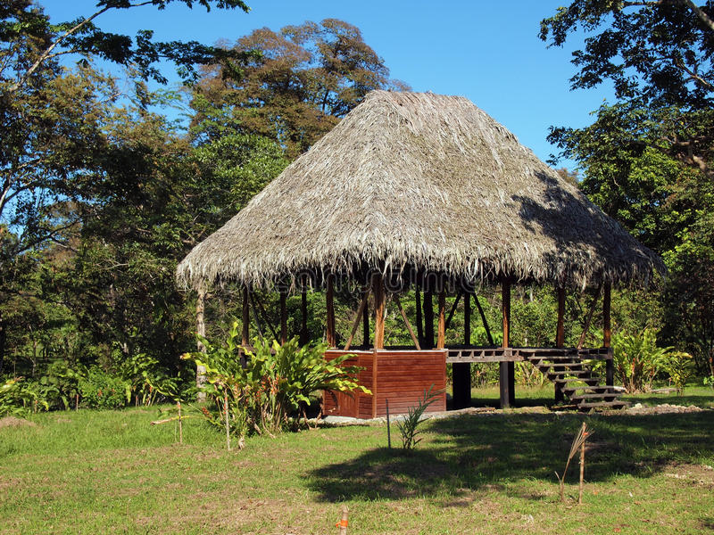 Typische hut in Panama stock foto's