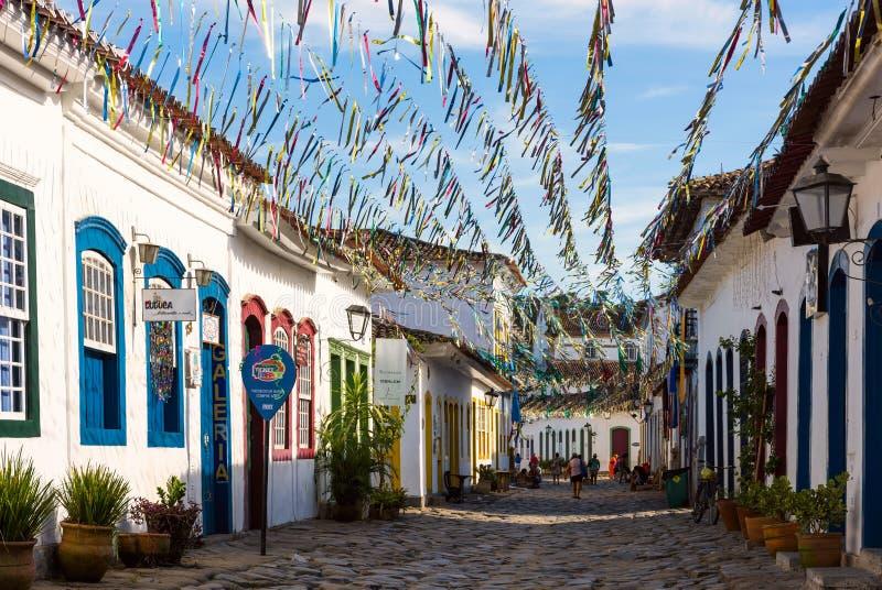 Typische keistraat in Paraty, Rio de Janeiro-staat, Brazilië stock foto's