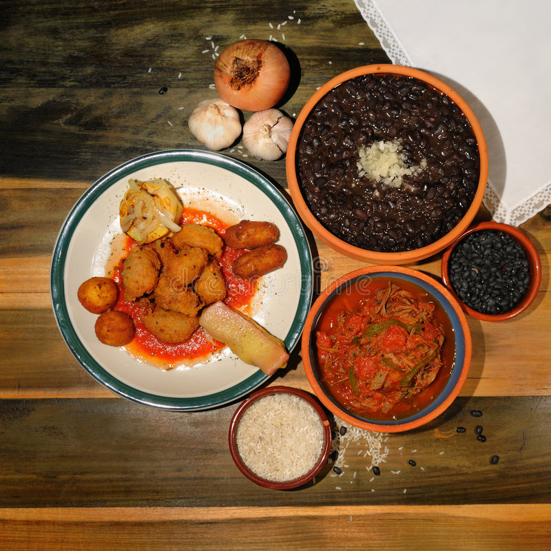 Typische kubanische Teller stockbild