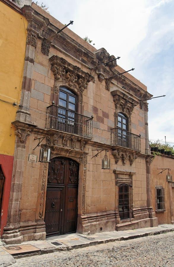 Typische mexikanische Fassade stockfoto
