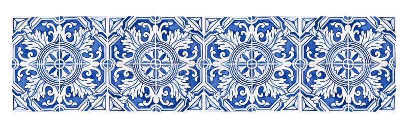 Typische Portugese decoratie met gekleurde keramische tegels - frontale mening stock foto