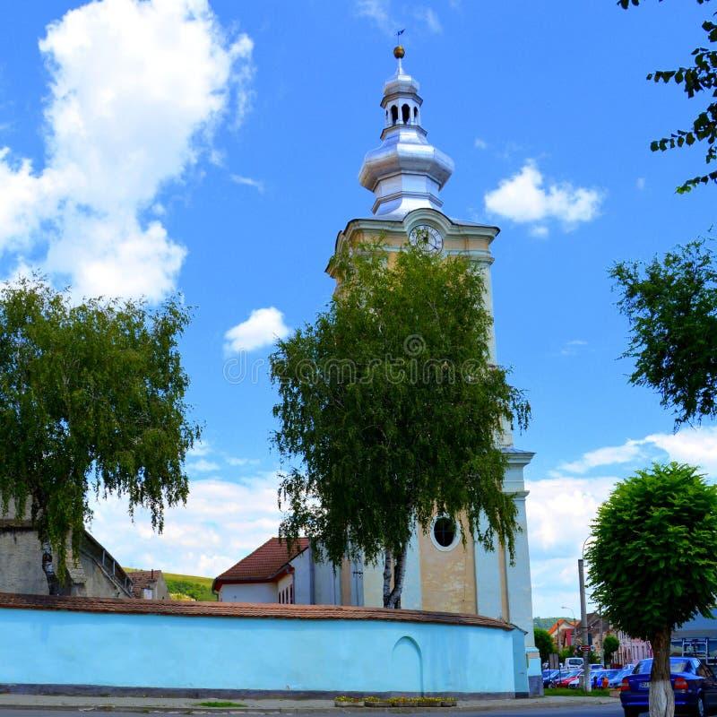 Typische Stadtlandschaft in den Stadt Rupea-Ripsen, Transylvani, Rumänien stockfotos