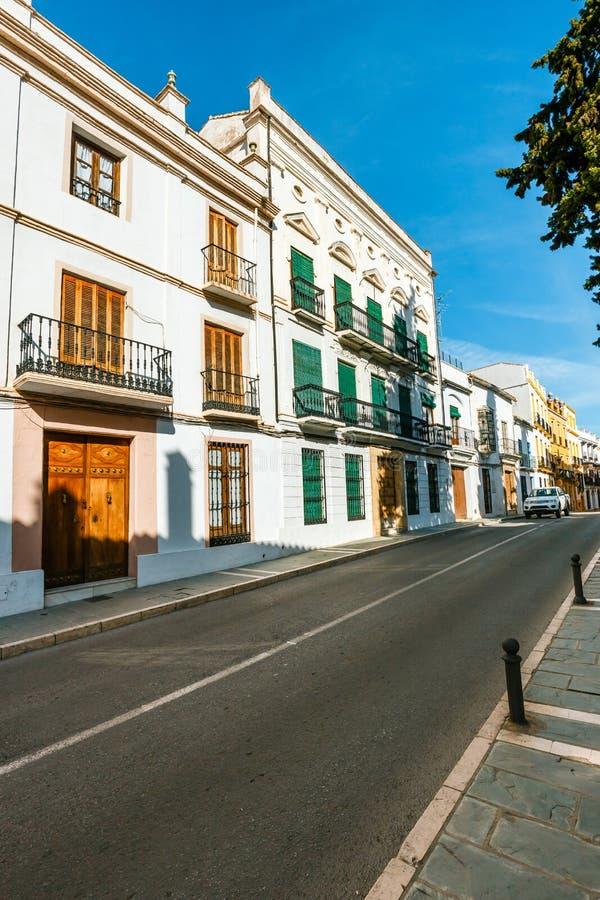 typische straat in historisch district van Ronda, Spanje royalty-vrije stock foto