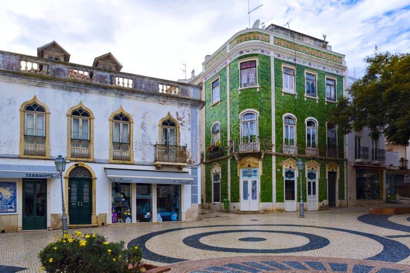 Typische woonstraat in oude stad Reg. van van Lagos, Algarve royalty-vrije stock afbeeldingen