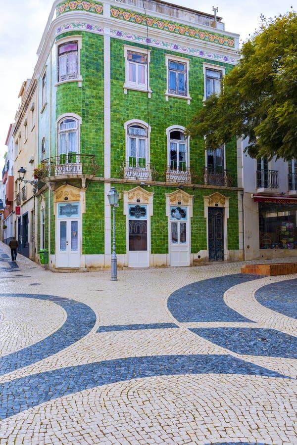 Typische woonstraat in oude stad Reg. van van Lagos, Algarve royalty-vrije stock foto's