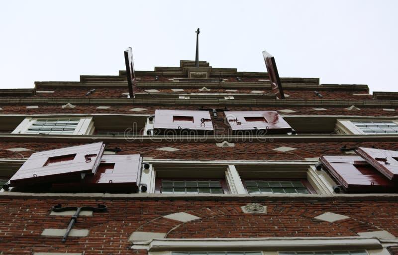 Niederlandisches Haus Mit Dem Haken Unter Dem Dach Stockfoto Bild