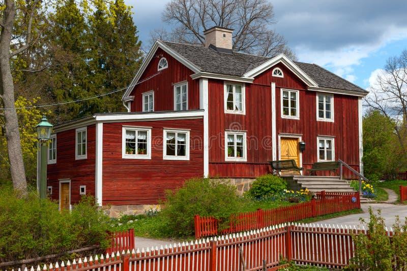 Schwedisches Holzhaus typisches schwedisches holzhaus stockholm stockbild bild