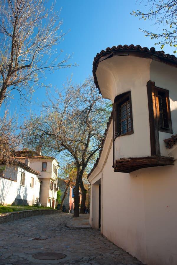 Typisk arkitektur, historiska medeltida hus, gammal stad royaltyfri fotografi
