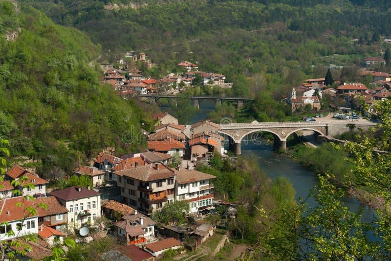 Typisk arkitektur, historiska medeltida hus, Veliko Tarnovo royaltyfri foto