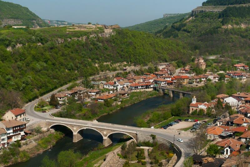 Typisk arkitektur, historiska medeltida hus, Veliko Tarnovo arkivfoto