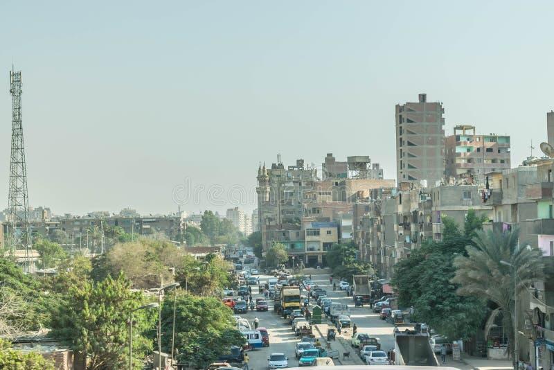 Typisk gata i Kairo, Egypten royaltyfria bilder