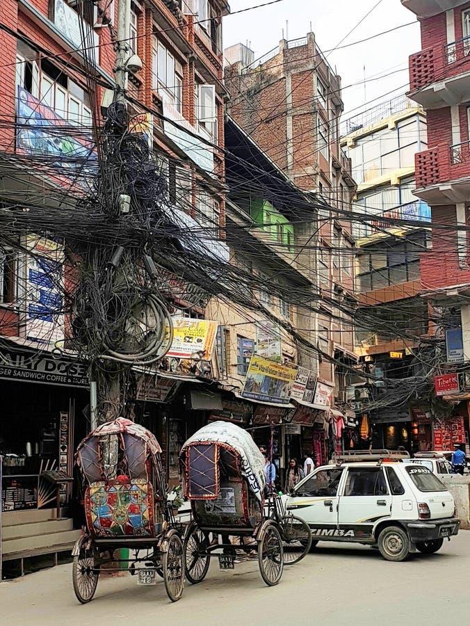 Typisk gata Katmandu, Nepal royaltyfri foto