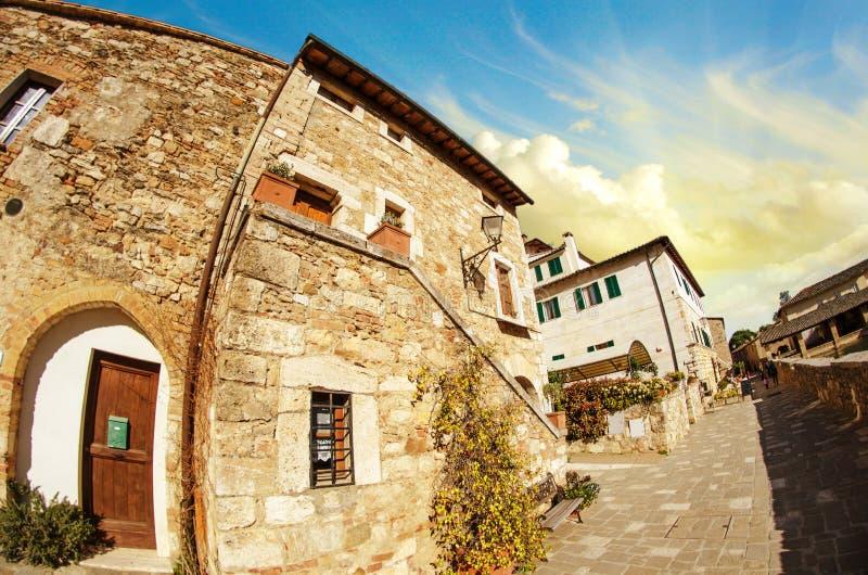 typisk medeltida town för forntida utgångspunkter arkivbild