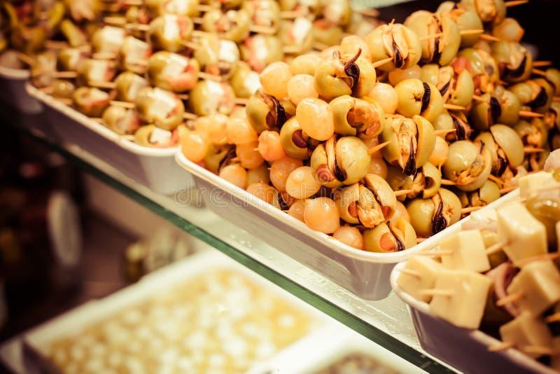 Download Typisk spansk matmarknad. arkivfoto. Bild av frukt, sunt - 37347392