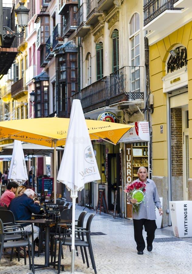 Typisk spanskt gatakafé i Malaga royaltyfria foton
