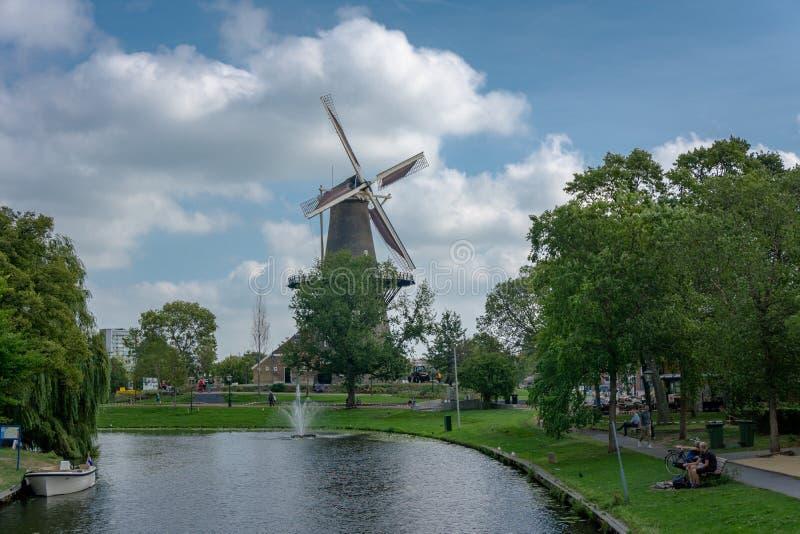 Typisk touristic landskap i Nederlands royaltyfria foton
