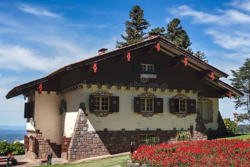 Typisk tyskt hus Gramado Brasilien fotografering för bildbyråer