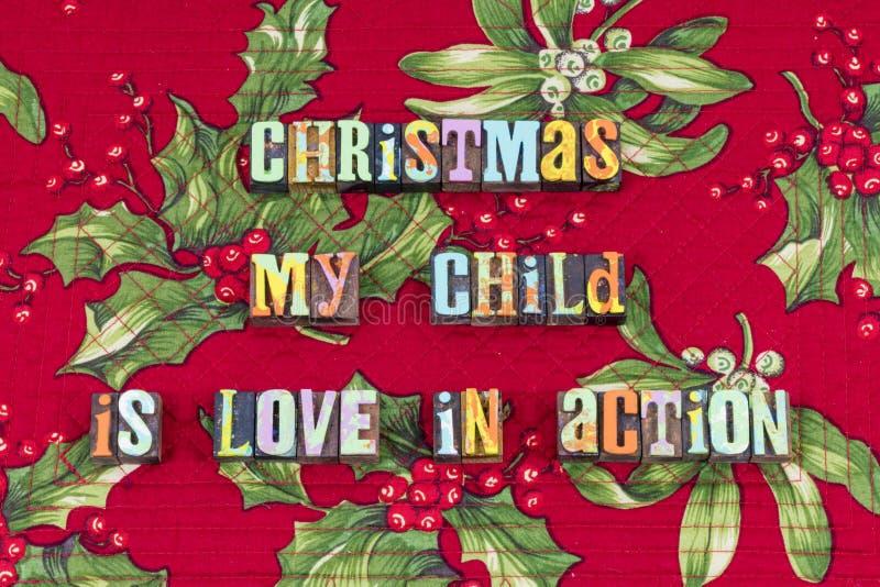 Typographie de famille d'action d'amour d'enfant de Noël photos libres de droits