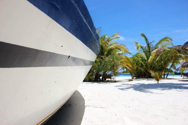 Typowa łódź na plaży, Maldives fotografia stock