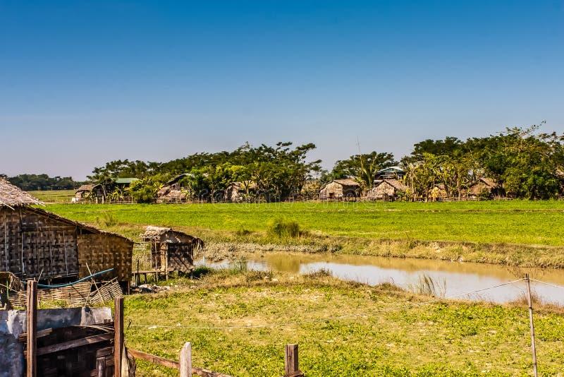 Typowa Birmańska wioska w Yangon regionie, Myanmar obraz stock