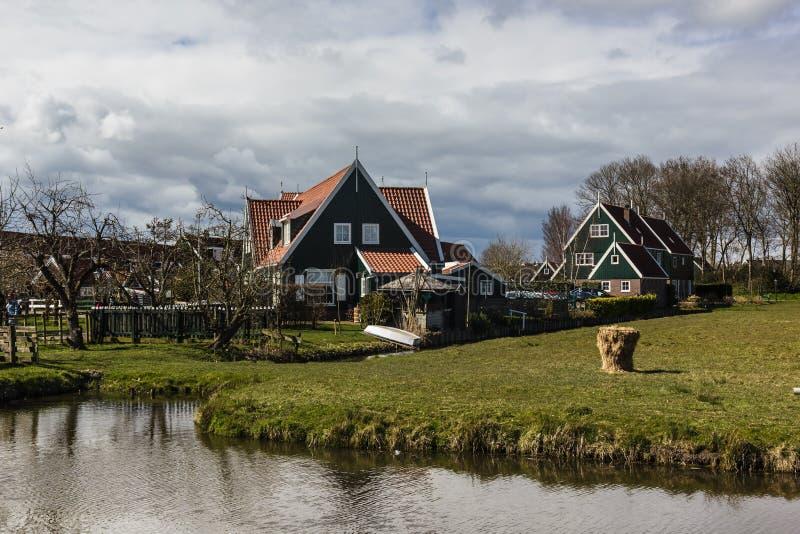 Typowa Holenderska wioska Marken holandie zdjęcia stock