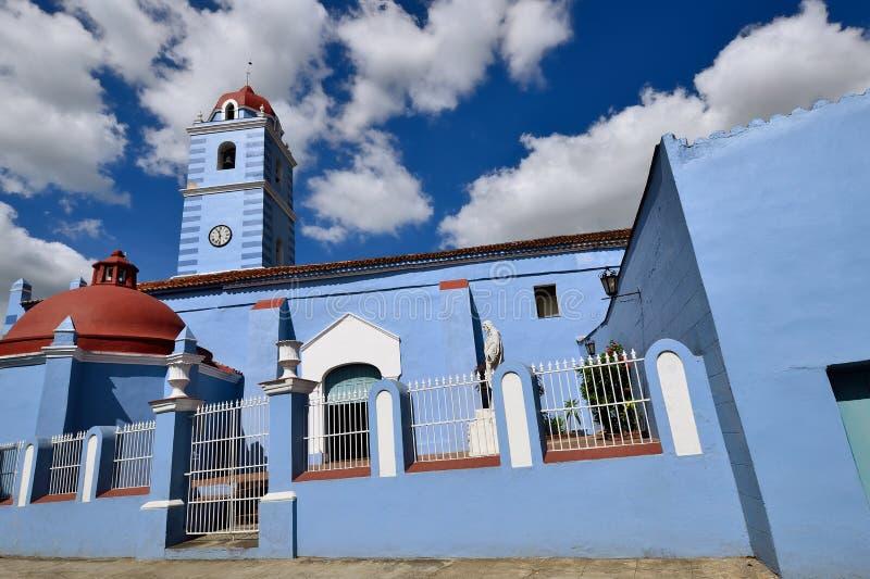 Typowa kolonialna Kubańska architektura w Sancti Spiritus fotografia royalty free
