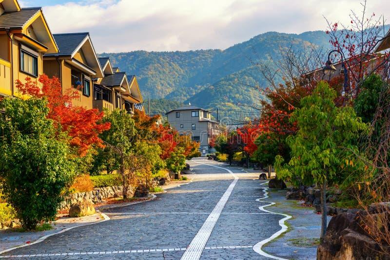typowa ulica mieszkalna w miejskiej Japonii, Japonia zdjęcie stock