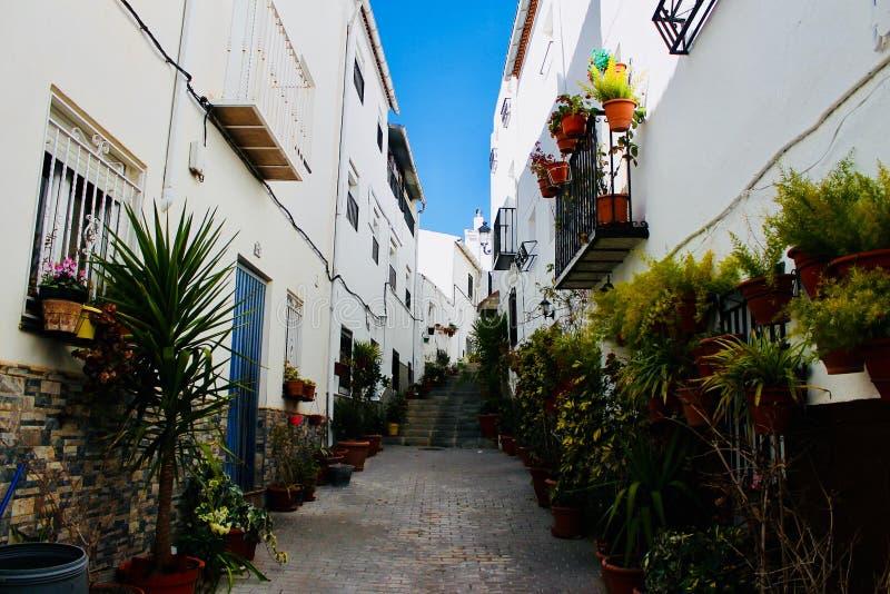 Typowa ulica w Południowym Hiszpania zdjęcia stock