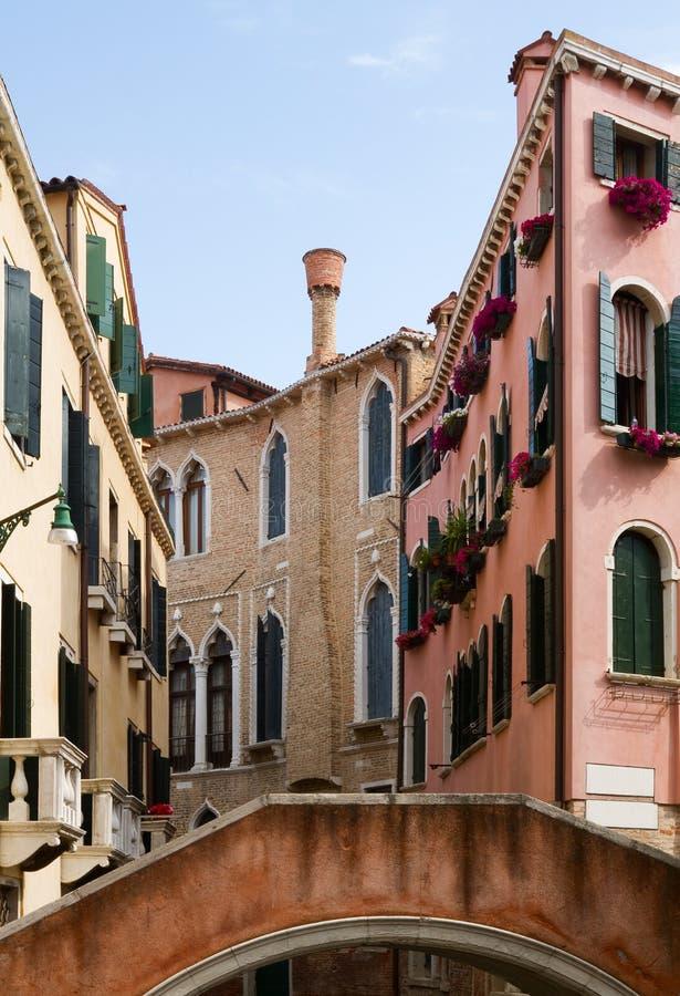 Download Typowa Wenecja Architektura. Zdjęcie Stock - Obraz złożonej z antyczny, city: 28953472