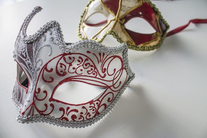 Typowe barwione venetian maski obraz stock