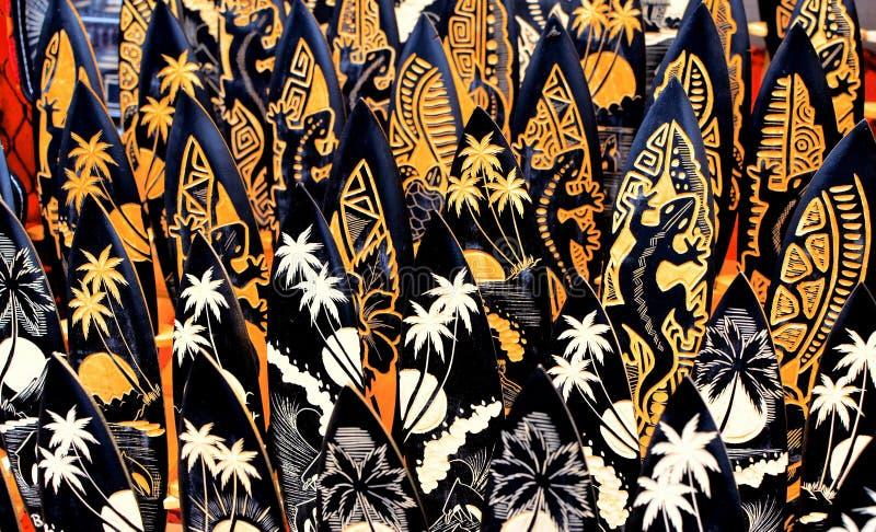 Typowe pamiątki i rękodzieła Bali przy sławnym Ubud Wprowadzać na rynek obrazy stock