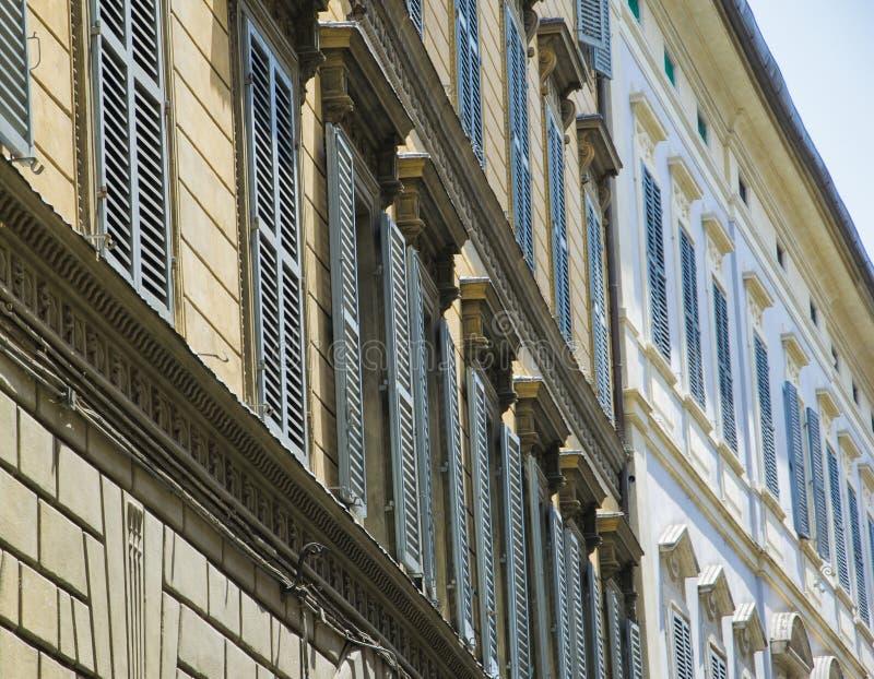 Typowe Włoskie fasady w Florencja, Tuscany, Włochy zdjęcia royalty free
