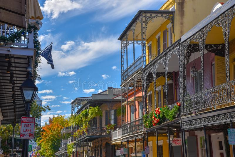 Typowi domy w dzielnicie francuskiej Nowy Orlean (usa obrazy stock