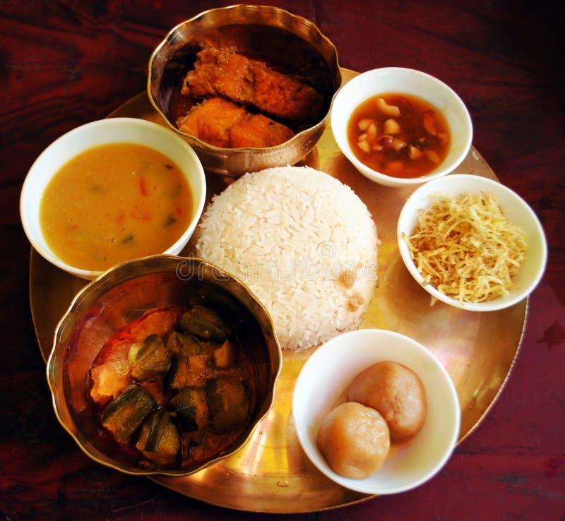 Typowy bengalczyka lunchu thali obrazy royalty free