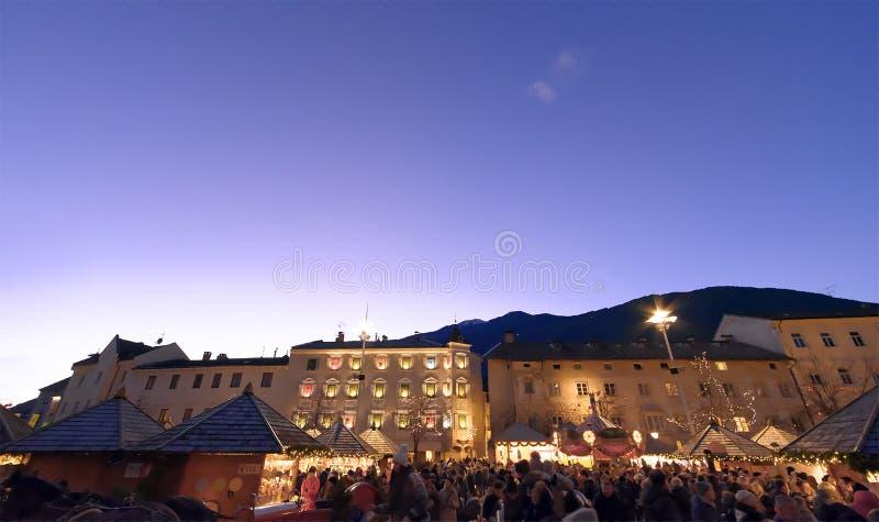 Typowy boże narodzenie rynek Włoscy Alps zdjęcia royalty free