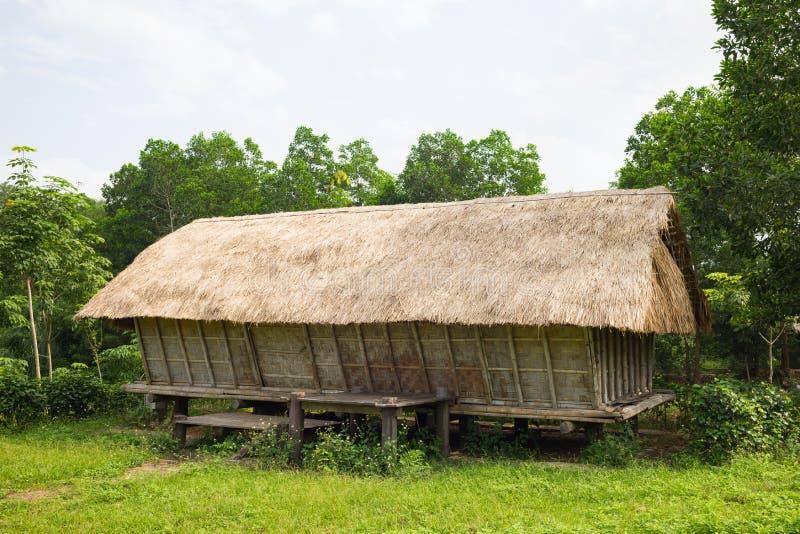 Typowy dom J ` rai ludzie w środkowej wysokiej ziemi Wietnam obraz stock