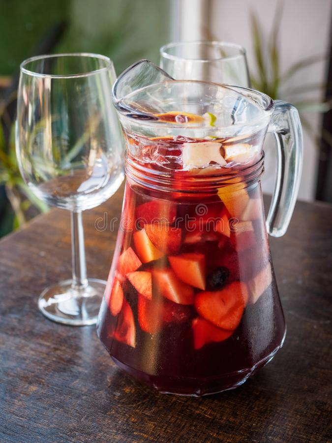 Typowy hiszpański sangria napój fotografia royalty free