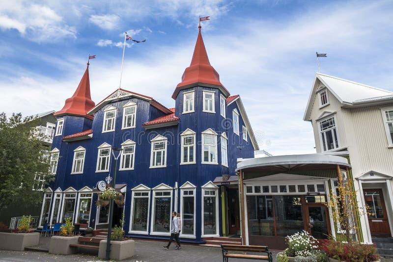 Typowy icelandic dom w Akureyri, północny Iceland fotografia stock